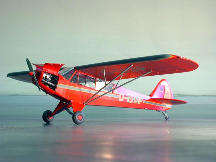 Piper PA-18 Super Cub by Diedrich Wiegmann (Revell 1/32)
