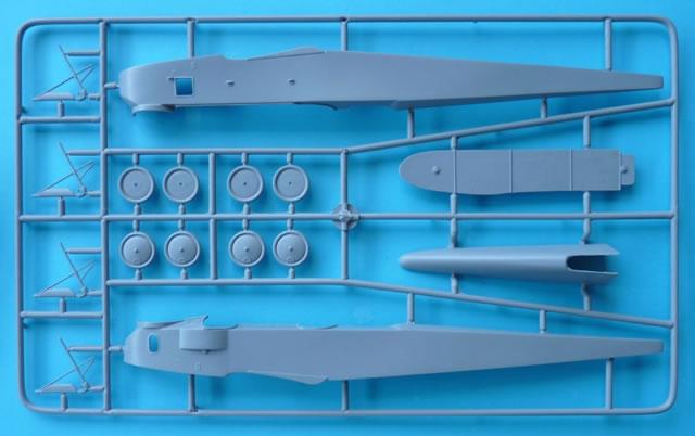 A Z Model Kit No 4860 Gotha G V Review By Rob Baumgartner